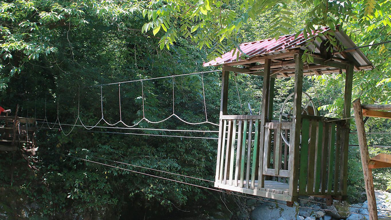 Национальный парк Мтирала – парк, в котором есть и бурная река, и озеро, и водопады